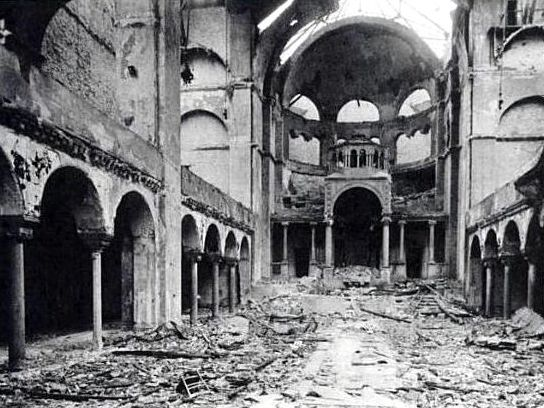 1938_Interior_of_Berlin_synagogue_after_Kristallnacht_copy
