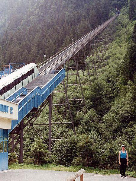 450px-Kaprun_train