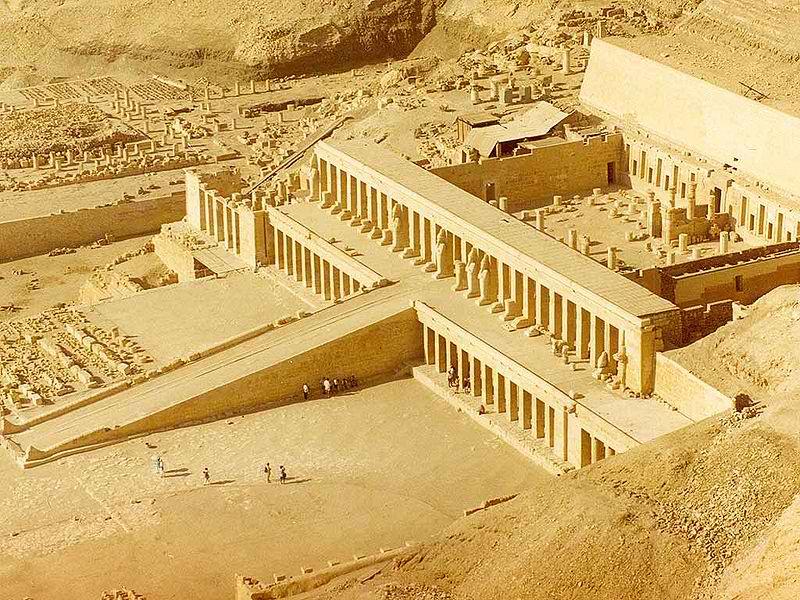 800px-Hatshetsup-temple-1by7