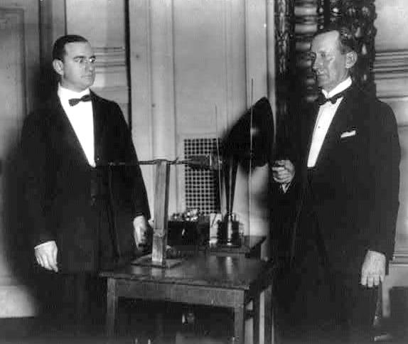 Alfred_Norton_Goldsmith__Guglielmo_Marconi_1922