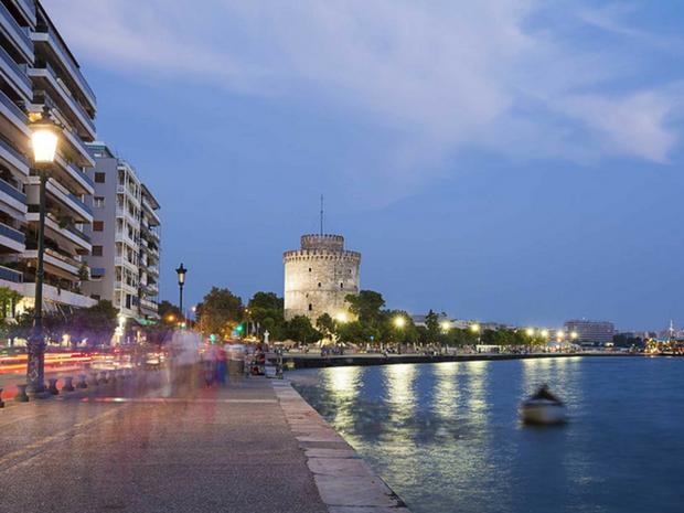 Η μαχη της Θεσσαλονίκης: Δίας μόνος ψάχνει