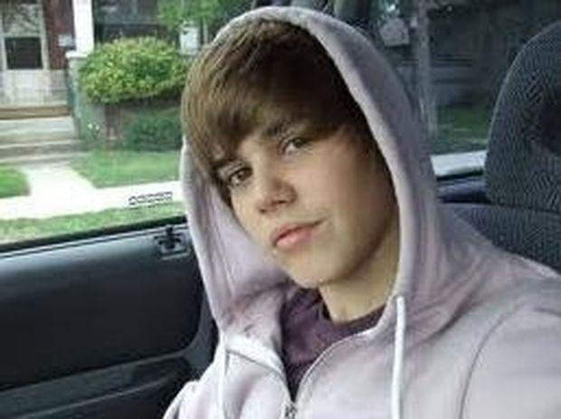 Justin Bieber-To Youtube κάνει τους άνδρες