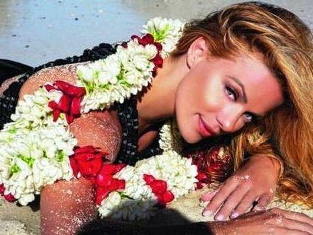 Μακρυπούλια: «Δεν βαριέμαι να ακούω πως είμαι όμορφη»