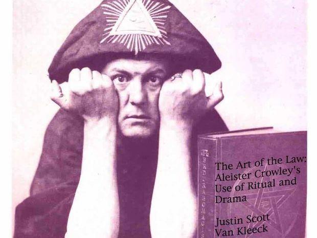 Alister Crowly: Δραγωνική αποκάλυψη ενός μύθου των εσωτερικών τεχνών