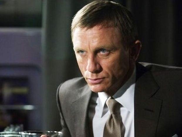 Πόσο πωλείται ο James Bond;