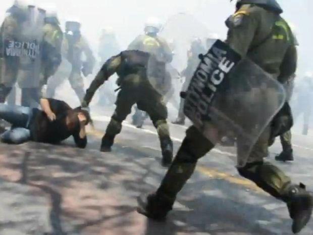 ΜΑΤ κατά διαδηλωτών-Η κατευθυνόμενη βία προάγγελος εξελίξεων