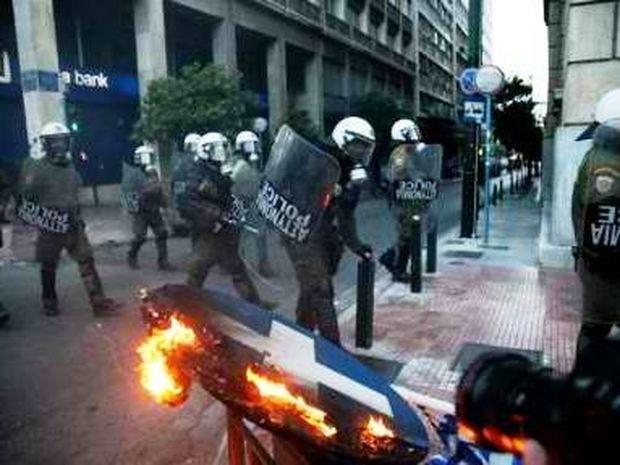 Έκρυθμη η κατάσταση στην Αθήνα-Έκτακτη σύσκεψη στο υπουργείο Προστασίας