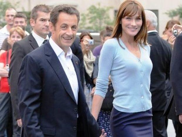 C'est vrais, τελικά. Η Carla Bruni είναι έγκυος.