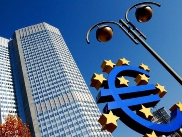 "Financial Times: «Η ΕΚΤ πρέπει να αφήσει την Ελλάδα να ""καεί"""
