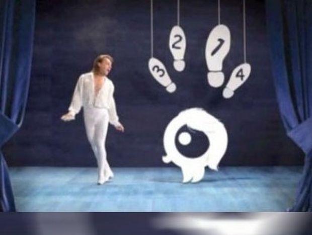 Τα backstage από τη διαφήμιση του Τρύφωνα Σαμαρά για την Q