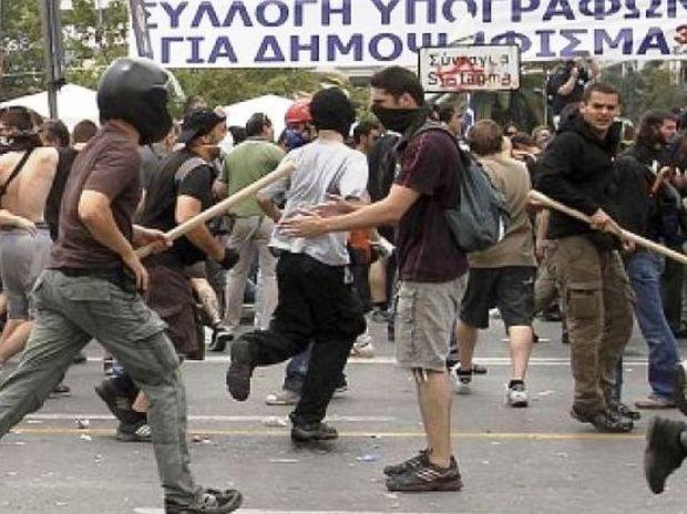 Η βία στην Αθήνα το κεντρικό θέμα του Al Jazeera
