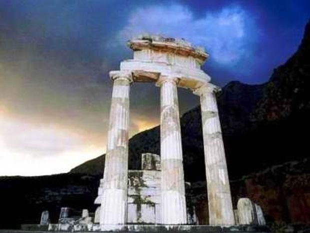 Wall St. Journal: Αν οι Έλληνες δεν θέλουν να σωθούν;