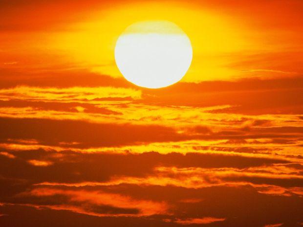 Η σκιά του Κρόνου πάνω από την Ελλάδα
