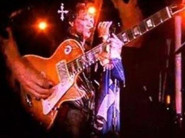 Videos: Τι συνέβη χθες στην συναυλία των Bon Jovi