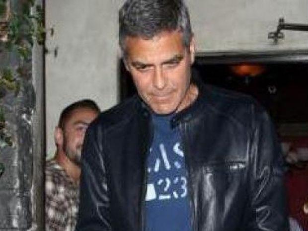 Ο μοναχικός George Clooney