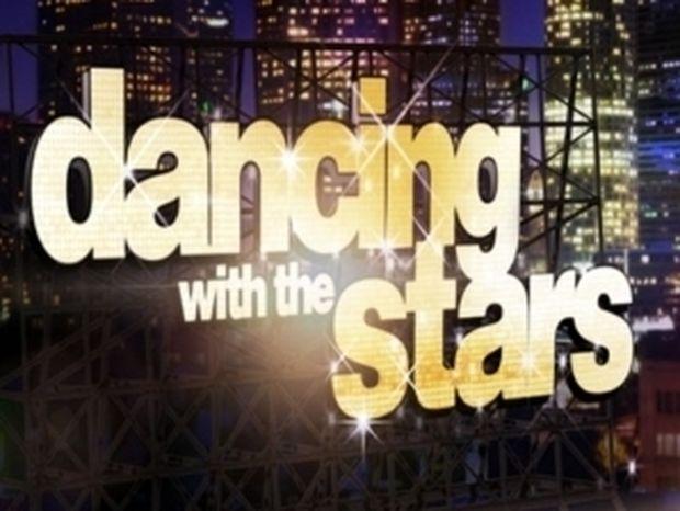 Έμιλυ και Μαρτάκης σε ρόλο κριτών στο νέο Dancing;