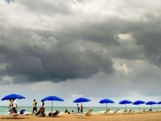 Βροχές, καταιγίδες και πτώση θερμοκρασίας!