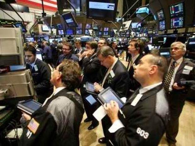 Παρέμβαση ΕΚΤ για αγορά ομολόγων - Αγωνία στην Ελλάδα