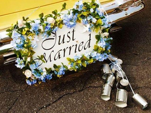 Ο γάμος σώζεται με τα... τενεκεδάκια
