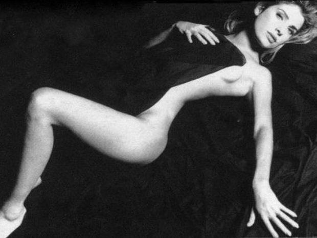 Ντοκουμέντο: Δείτε τη μοναδική γυμνή φωτογράφηση της Μενεγάκη