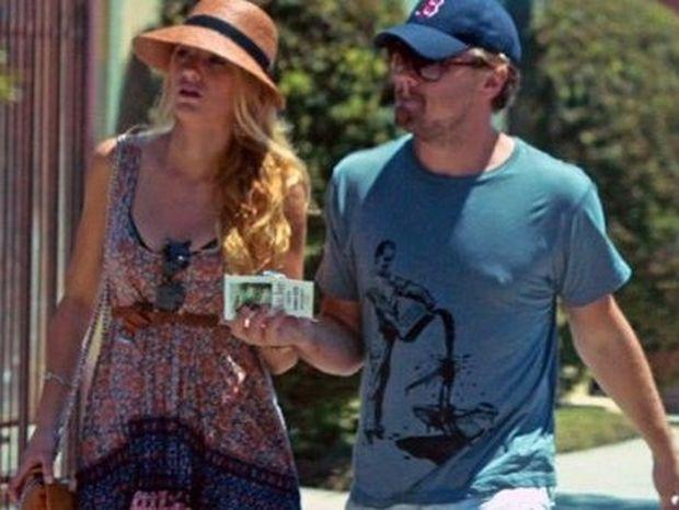 Blake Lively: Χρησιμοποίησε τη βίβλο του φλερτ «The Rules» και έριξε το Leonardo di Caprio