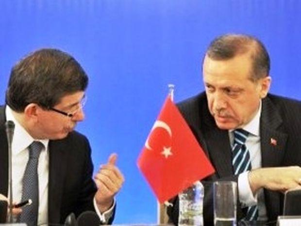 «Χαιδεύει» η Κομισιόν την Τουρκία