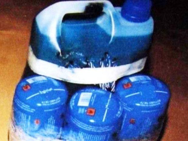 4 γκαζάκια και ένα μπουκάλι με εύφλεκτο υγρό στο εμπορικό κέντρο Κηφισιάς