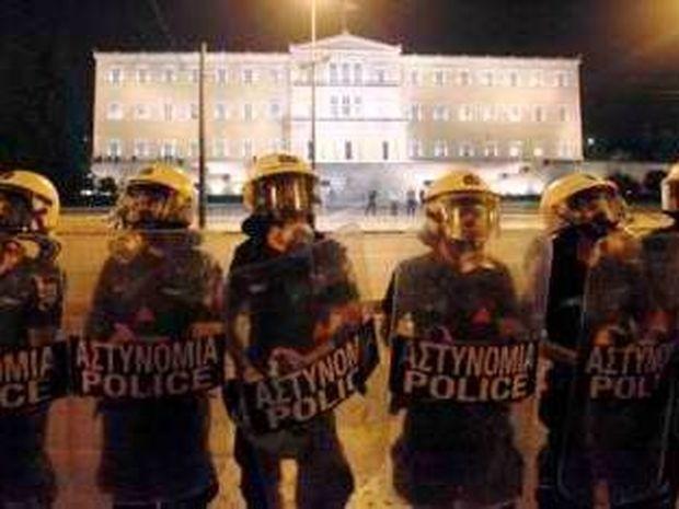 Τι γράφει η Le Figaro για τους Έλληνες