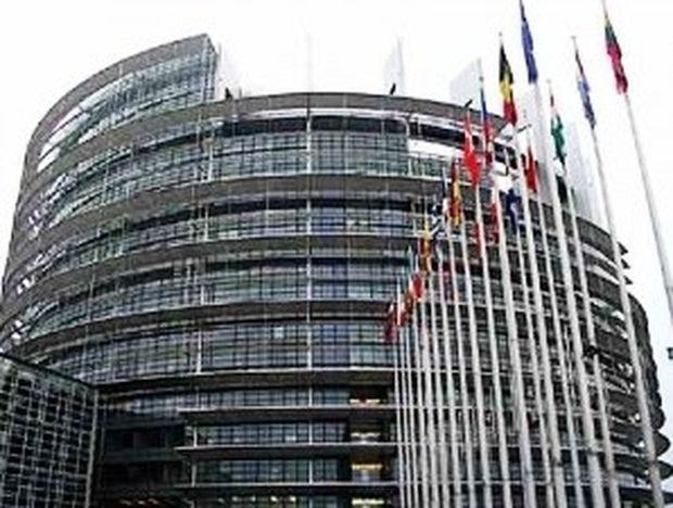 Κνάπ: «Κανένας Έλληνας δεν είναι Ευρωπαίος 2ης κατηγορίας»