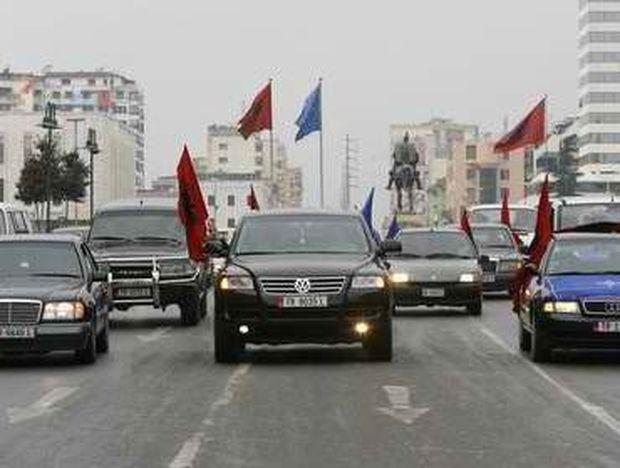 «Θα ξαναγυρίσουμε μόλις περάσει η κρίση», λένε οι Αλβανοί!