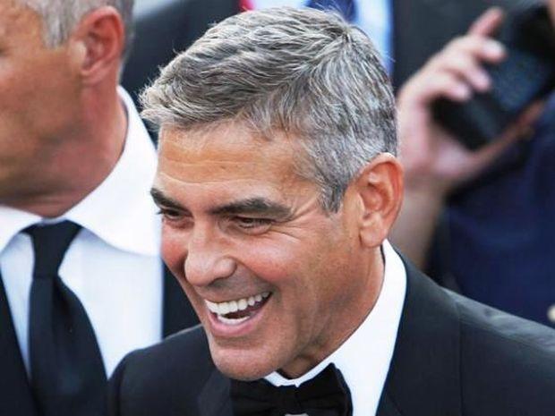 Γιατί ο George Clooney τρίβει κεφτέδες στα παπούτσια του;