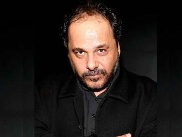 """Ο Αλέξανδρος Ρήγας στο Queen.gr: """"Ζούσα και εγώ σε μια εικονική πραγματικότητα που ξόδευα παραπάνω απ όσα άντεχα"""""""