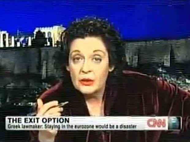 Κανέλλη στο CNN: Καταστροφή η παραμονή στο ευρώ