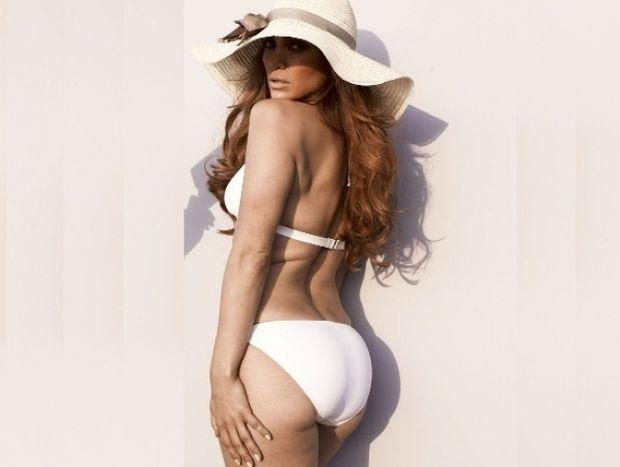 Υπέροχη Jennifer Lopez χωρίς photoshop!