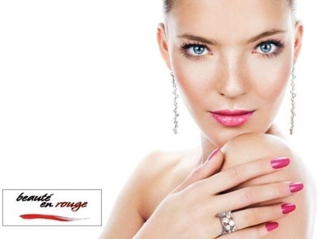Κέρδισε τις εντυπώσεις: Υπέροχα νύχια και ανανεωμένο πρόσωπο μόνο με 19€