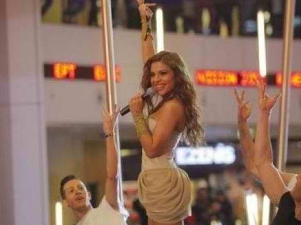 Με νέα χορογραφία η Ελευθερία Ελευθερίου στη Eurovision