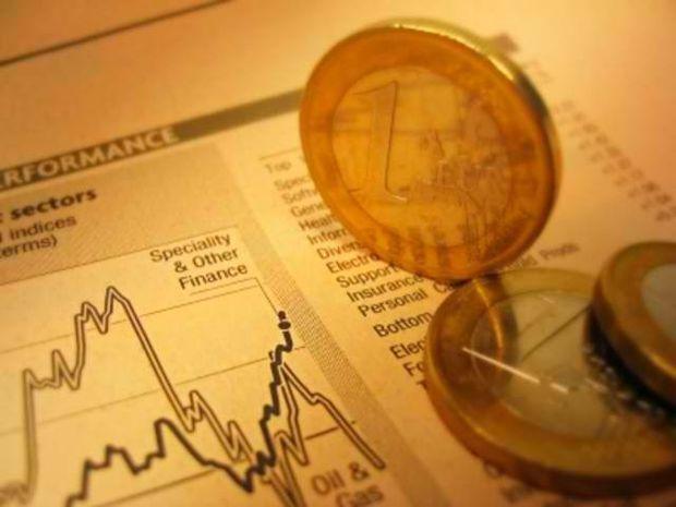 Αναδιάρθρωση: Μετά το χρέος, σειρά έχουν οι πολιτικοί