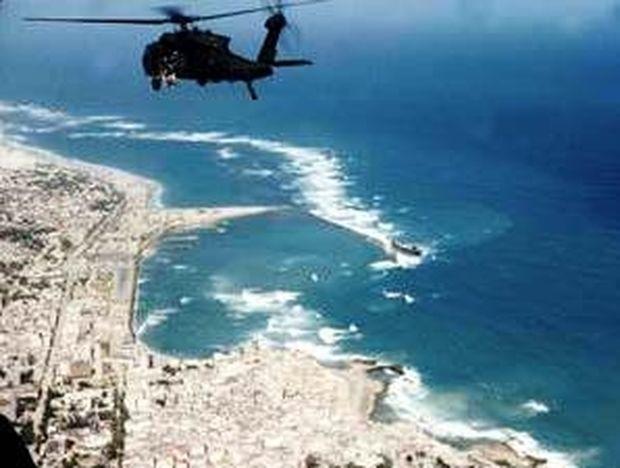 Έφυγε η 'Υδρα, άρχισαν οι βολές και στο έδαφος της Σομαλίας κατά πειρατών!