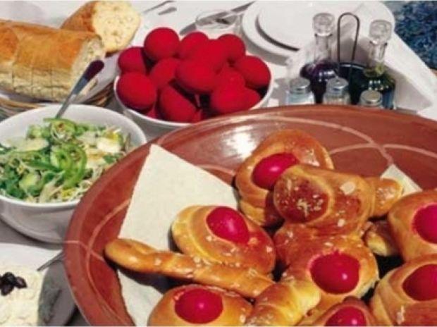 Πώς να στρώσετε το πασχαλινό τραπέζι με 102 ευρώ