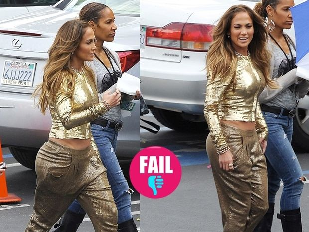 J. Lo: η χρυσή εμφάνιση που μας άφησε άναυδους!