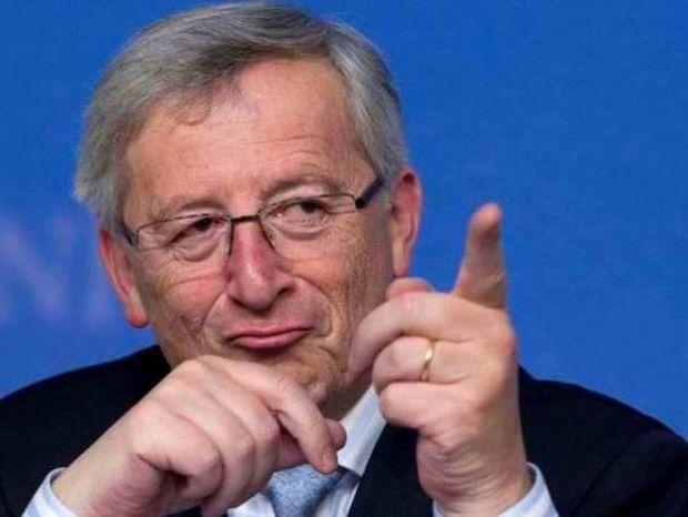 Γιουνκέρ: Μην κουνάτε το δάχτυλο στους Έλληνες