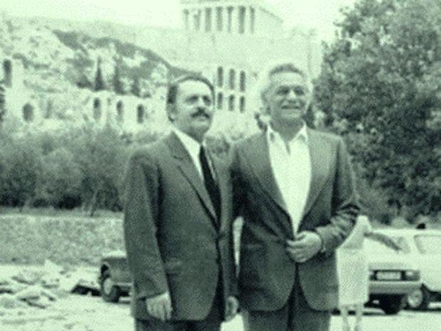 30 Μαΐου 1941: Ο Μ. Γλέζος και ο Λ. Σάντας κατεβάζουν την σβάστικα!