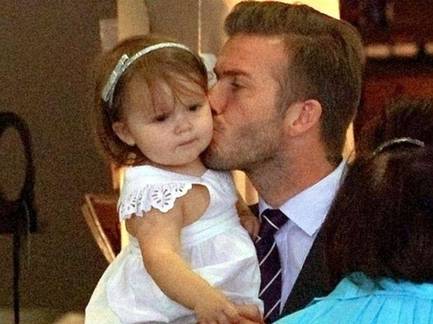 Ο τρυφερός μπαμπάς David Beckham