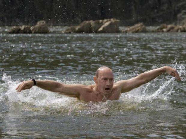 Στην Ελλάδα ο Πούτιν