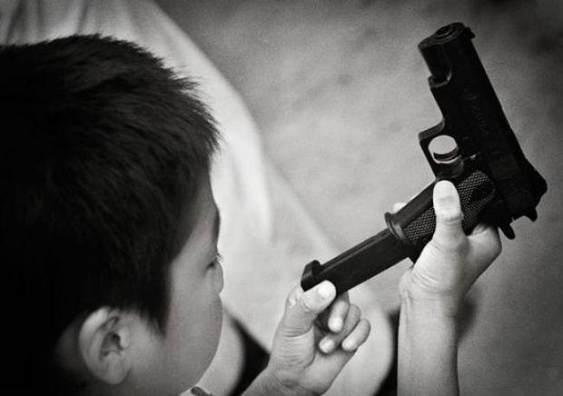 4χρονος σκότωσε τον πατέρα του για ένα Playstation!