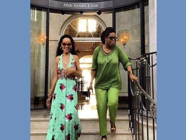 Η κατρακύλα της Rihanna συνεχίζεται στην εκπομπή της Oprah!
