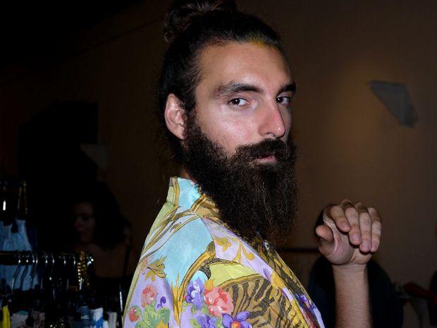 Holy Mustache: Ο Έλληνας λάτρης του vintage