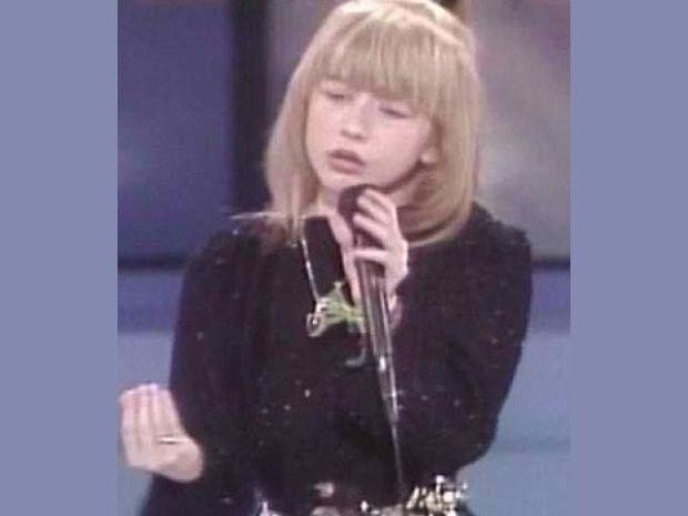 Δείτε την 10χρονη Christina Aguilera σε talent show