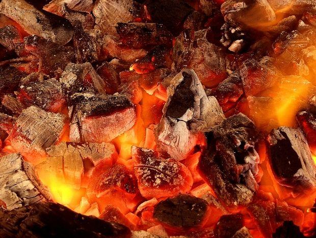 Η αντίθεση Άρη-Δία: Τα ζώδια σε... αναμμένα κάρβουνα!