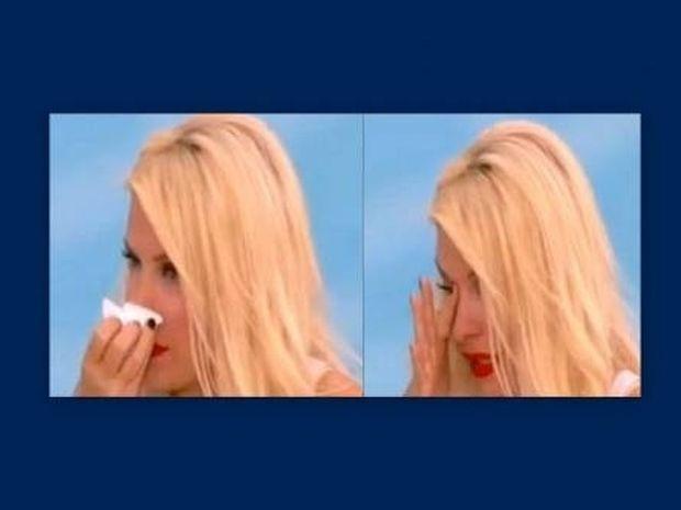 «Λύγισε» η Ελένη Μενεγάκη και ξέσπασε σε κλάματα